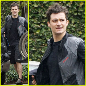 Orlando Bloom: Biking with Buddies