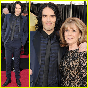 Russell Brand - Oscars 2011 Red Carpet with Mom!