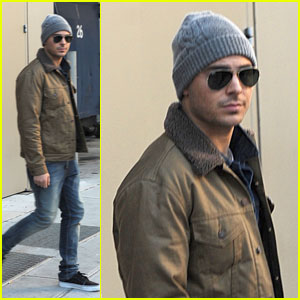 Zac Efron: Beanie in the Big Apple