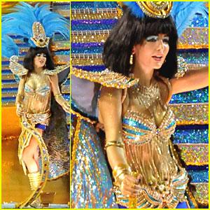 Camilla Belle: Cleopatra at Carnival Parade!