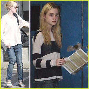 Dakota Fanning & Elle: Post Office for Passports!