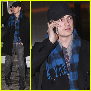 Hayden Christensen Takes In Toronto