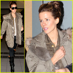 Kate Beckinsale: Lost Luggage at Airport