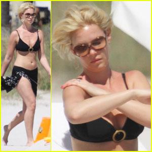 Katherine Heigl: Bikini Mama in Miami