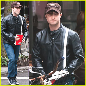 Daniel Radcliffe: 'Woman in Black' Teaser Trailer Debut!