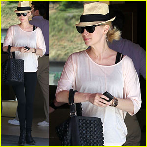 January Jones: Pregnancy Munchies