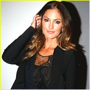 Minka Kelly Joins Cast of 'Love, Loss, & What I Wore'