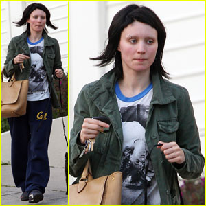 Rooney Mara: Girl with the Groceries