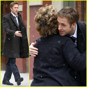 Ryan Gosling Hugs It Out
