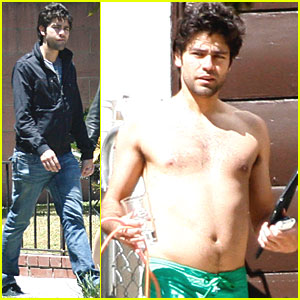 Adrian Grenier: Shirtless Sunday!