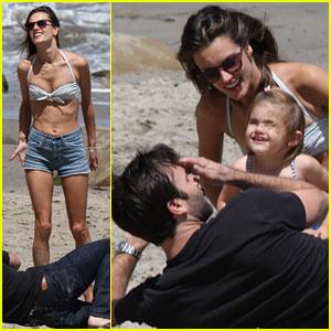 Alessandra Ambrosio: Family Day at the Beach!