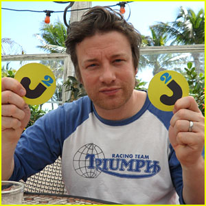 Jamie Oliver Interview - JustJared.com Exclusive!