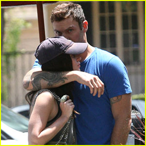 Megan Fox & Brian Austin Green: Cuddling Cuties!