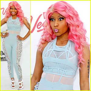 Nicki Minaj - Billboard Awards 2011