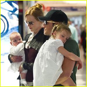Nicole Kidman: LAX Liftoff with Sunday & Faith!