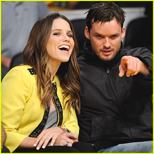 Sophia Bush & Austin Nichols Watch The Lakers Lose Game 2