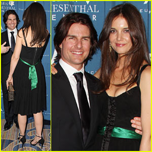 Katie Holmes Honors Tom Cruise for Wiesenthal Center