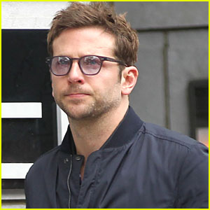 Bradley Cooper: 'Tree of Life' with Mom!