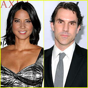 Paul Schneider & Olivia Munn: Elderly Man Rescue!