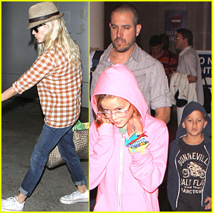 Reese Witherspoon & Family: LAX Arrival