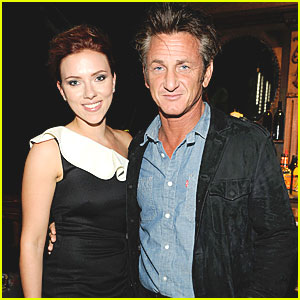 Scarlett Johansson & Sean Penn: Backstage at Guys Choice!