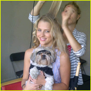 Teresa Palmer: Funny or Die with Luna!