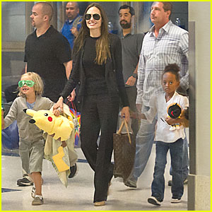 Angelina Jolie, Shiloh & Zahara: Leaving LAX