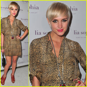 Ashlee Simpson: Lia Sophia Launch!