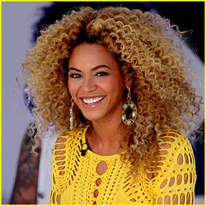 Beyonce: Wake-Up Call for Atlantis Astronauts!