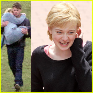 Dakota Fanning: 'Now Is Good' with Jeremy Irvine!