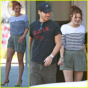 Drew Barrymore & Will Kopelman: Chanel Shoppers!