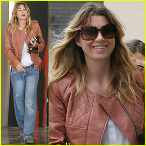 Ellen Pompeo: Art Gallery Visit
