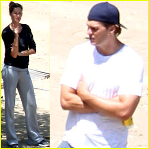 Gisele Bundchen & Tom Brady: Construction Checkup
