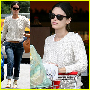 Rachel Bilson Gets Groceries at Gelson's