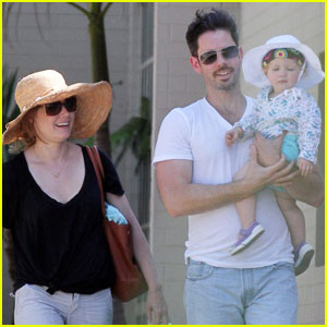 Amy Adams: Park Playdate with Aviana!