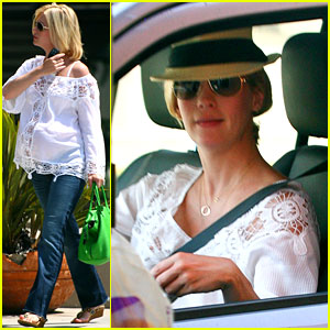 January Jones: Taco Bell Baby Bump!