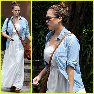 Jessica Alba Debuts Post-Baby Body