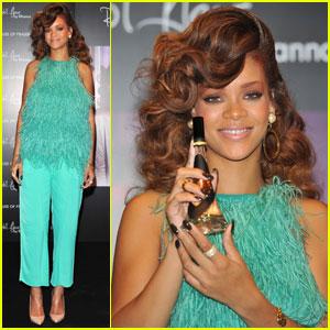 Rihanna: Reb'l Fleur at House of Fraser!