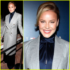 Abbie Cornish: Tommy Hilfiger Fashion Show!