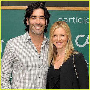 Amy Smart & Carter Oosterhouse: Married!