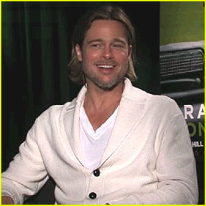 Brad Pitt: Yes/No Game with Jonah Hill!