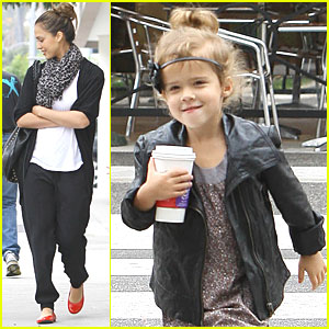 Jessica Alba & Honor: Beverly Hills Brunch