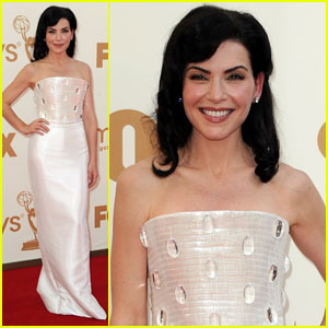 Julianna Margulies - Emmys 2011 Red Carpet
