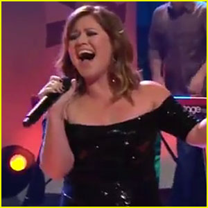 Kelly Clarkson: 'Mr. Know It All' on 'The Tonight Show'!