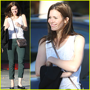 Mandy Moore: Out with a Friend