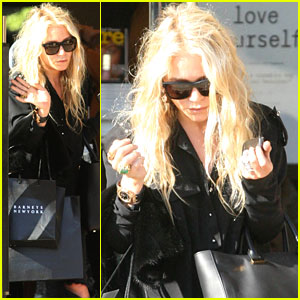 Mary-Kate Olsen Picks StyleMint's September Stylist!