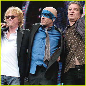 R.E.M. Breaks Up After 31 Years