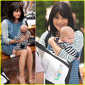 Selma Blair & Arthur: Crafting at Stella McCartney Boutique!