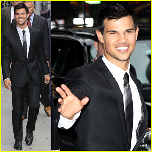 Taylor Lautner: Joyful 'Letterman' Visit!