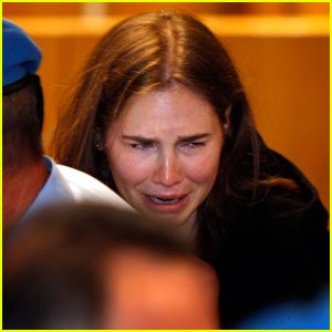 Amanda Knox Freed After Jury Overturns Murder Conviction